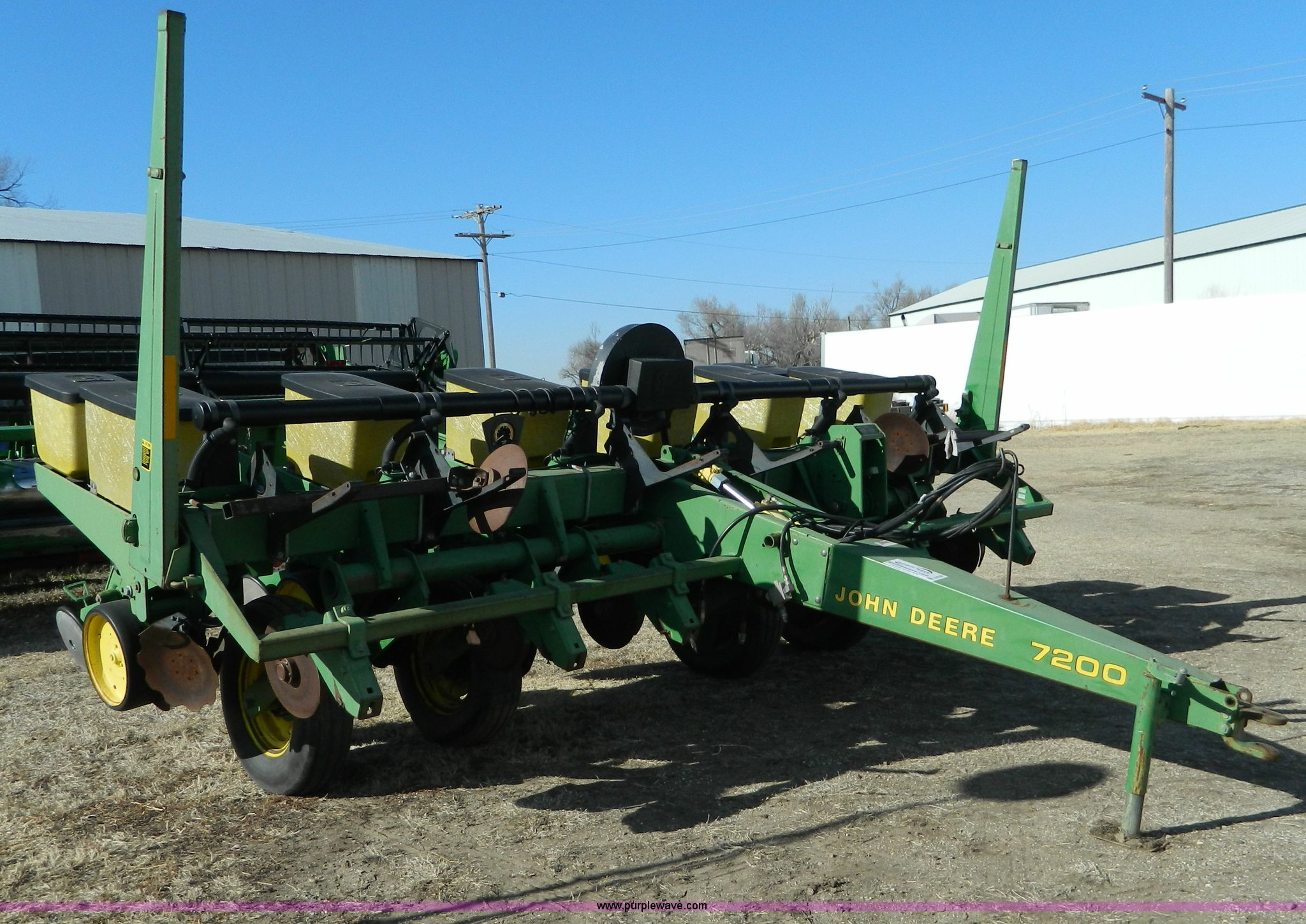 John Deere 7200 Split Row Planter Item D8748 Sold Febru