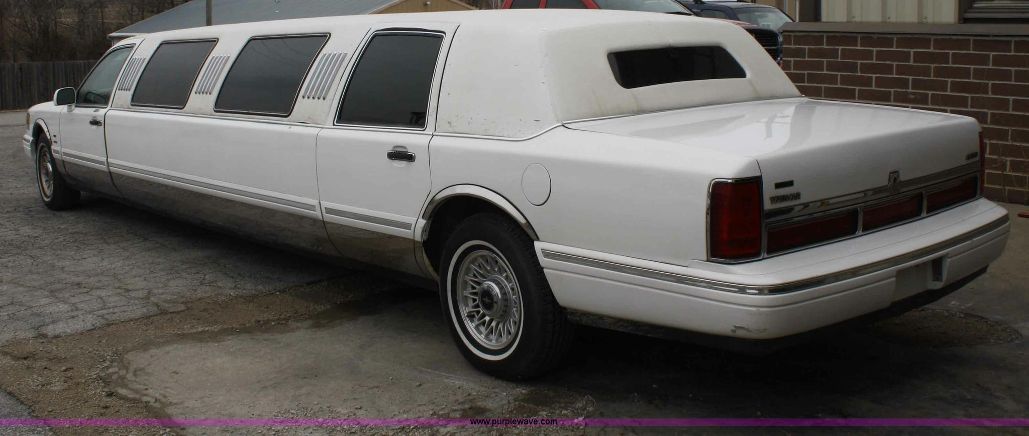 1995 Lincoln Town Car Krystal Coach 120 Stretch Limous
