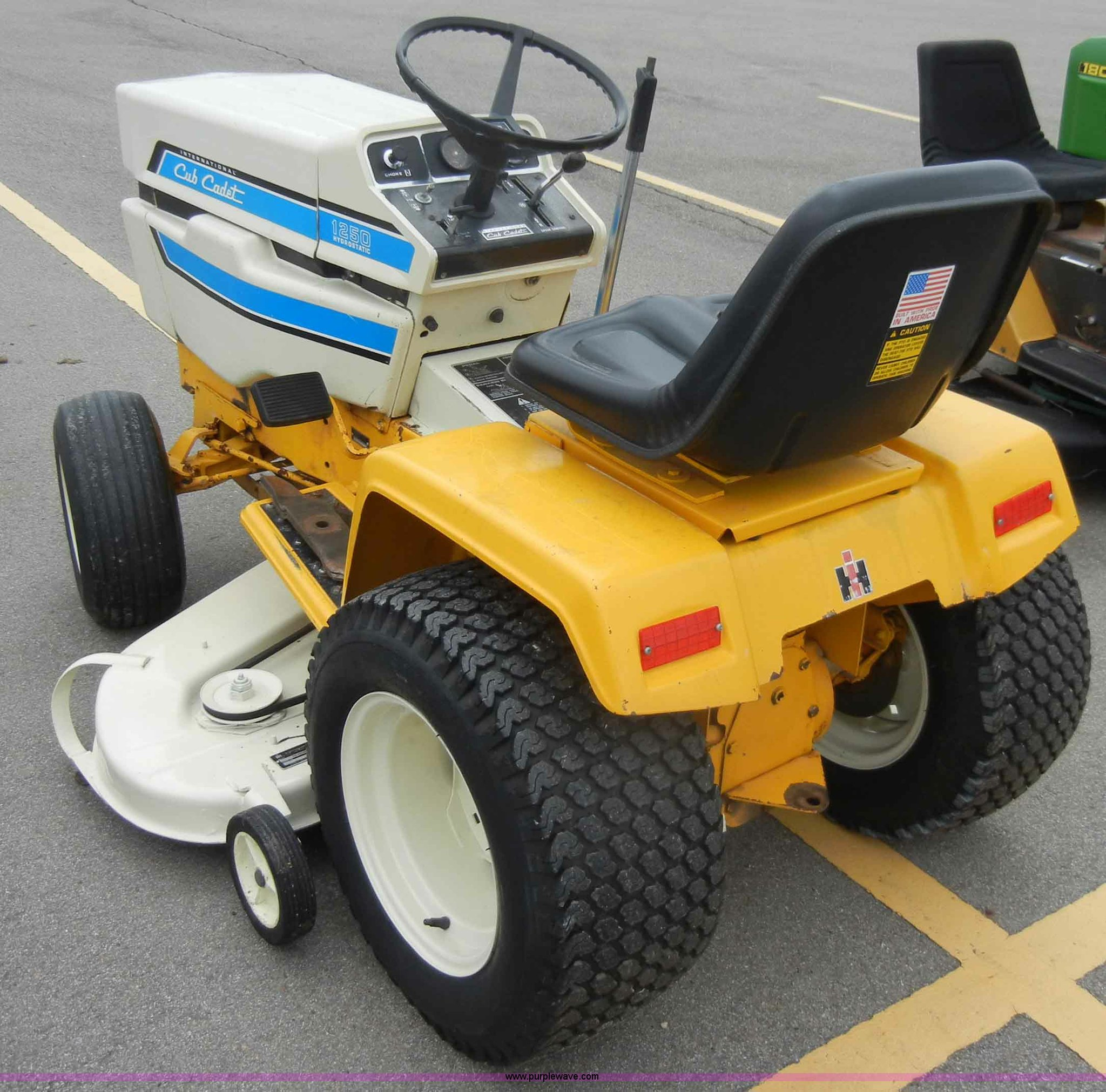 Cub Cadet 1250 lawn mower | Item C4116 | SOLD! March 7 Midwe