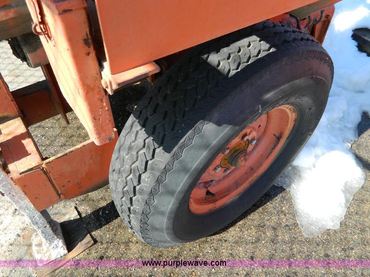 sports shoes af5e7 c4620 1979 Gilson 11S concrete mixer | Item D8800 | SOLD! March 13...