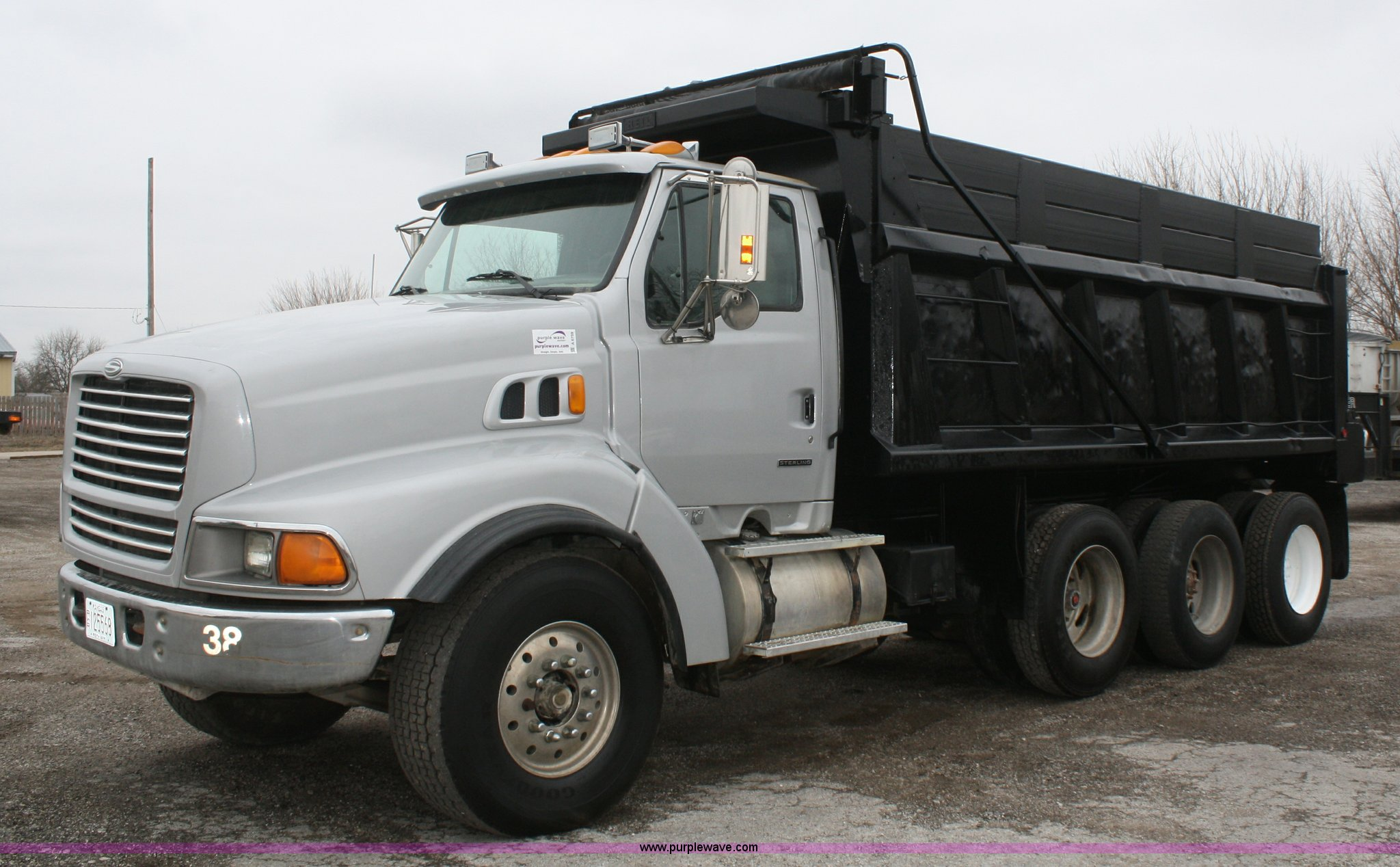 2000 Ford Sterling L9500 Dump Truck In Spring Hill  Ks
