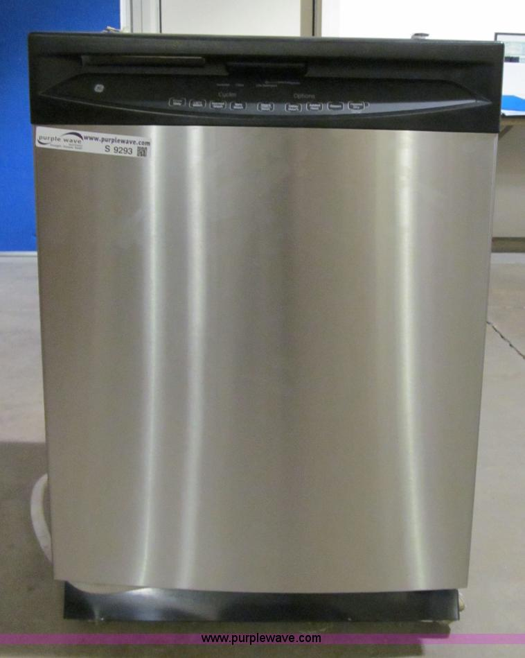 GE stainless steel dishwasher | Item S9293 | SOLD! March 20