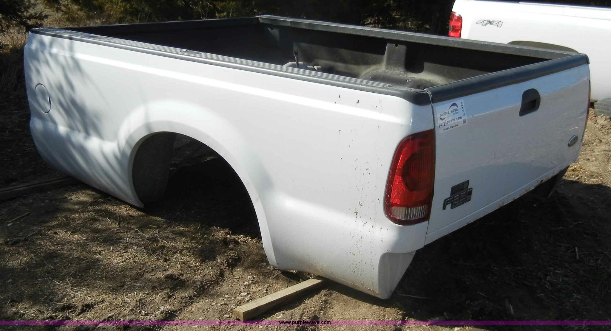 2000 Ford F250 Pickup Truck Bed Item C4016 Sold March