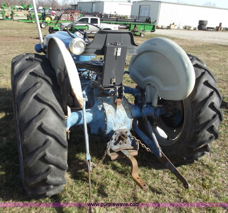 1963 Ford 2000 Tractor : Used construction agricultural equip trucks trailers