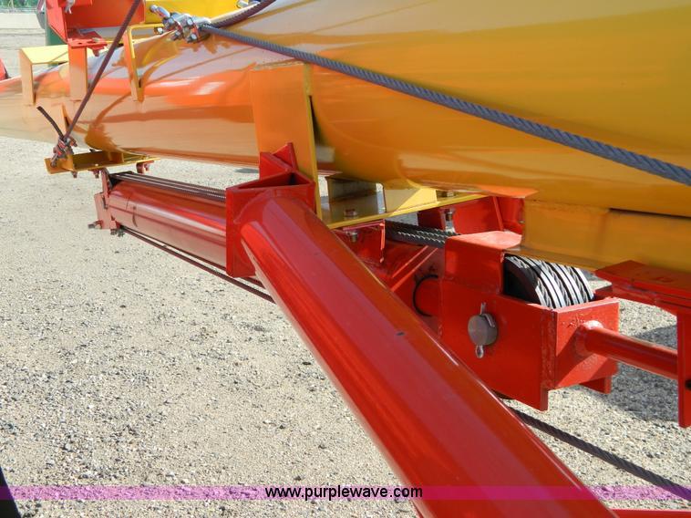 Westfield MK-100-81 grain auger | Item D8890 | 3-30-2012