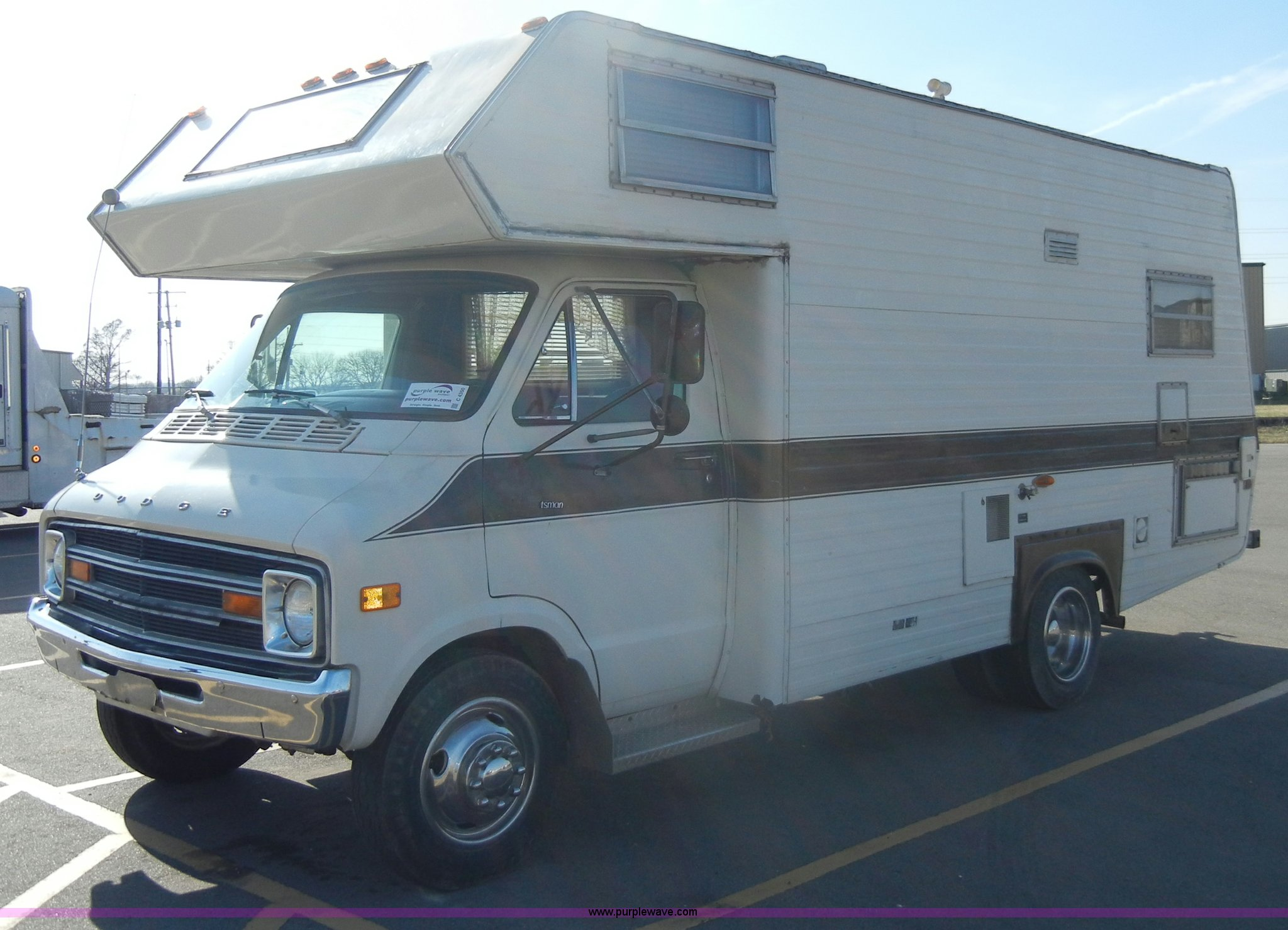 1978 Dodge Sportsman RV camper | Item C4350 | SOLD! April 4