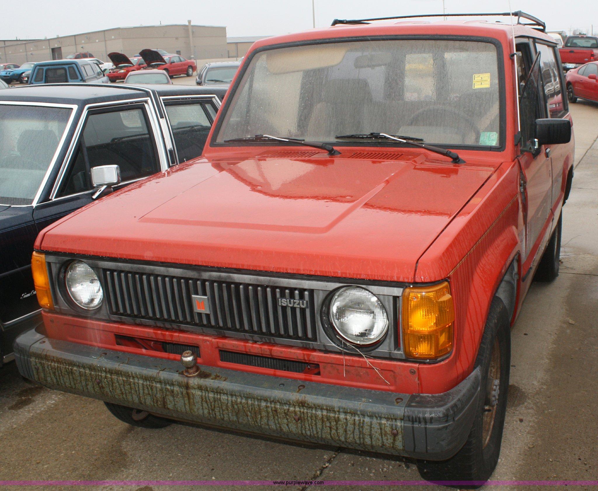 1986 isuzu trooper ii suv item c4432 sold april 5 ft r 1994 Isuzu Trooper c4432 image for item c4432 1986 isuzu trooper