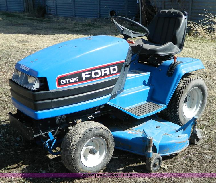 Ford Gt85 Lawn Mower Item E9469 Sold April 18 Midwest