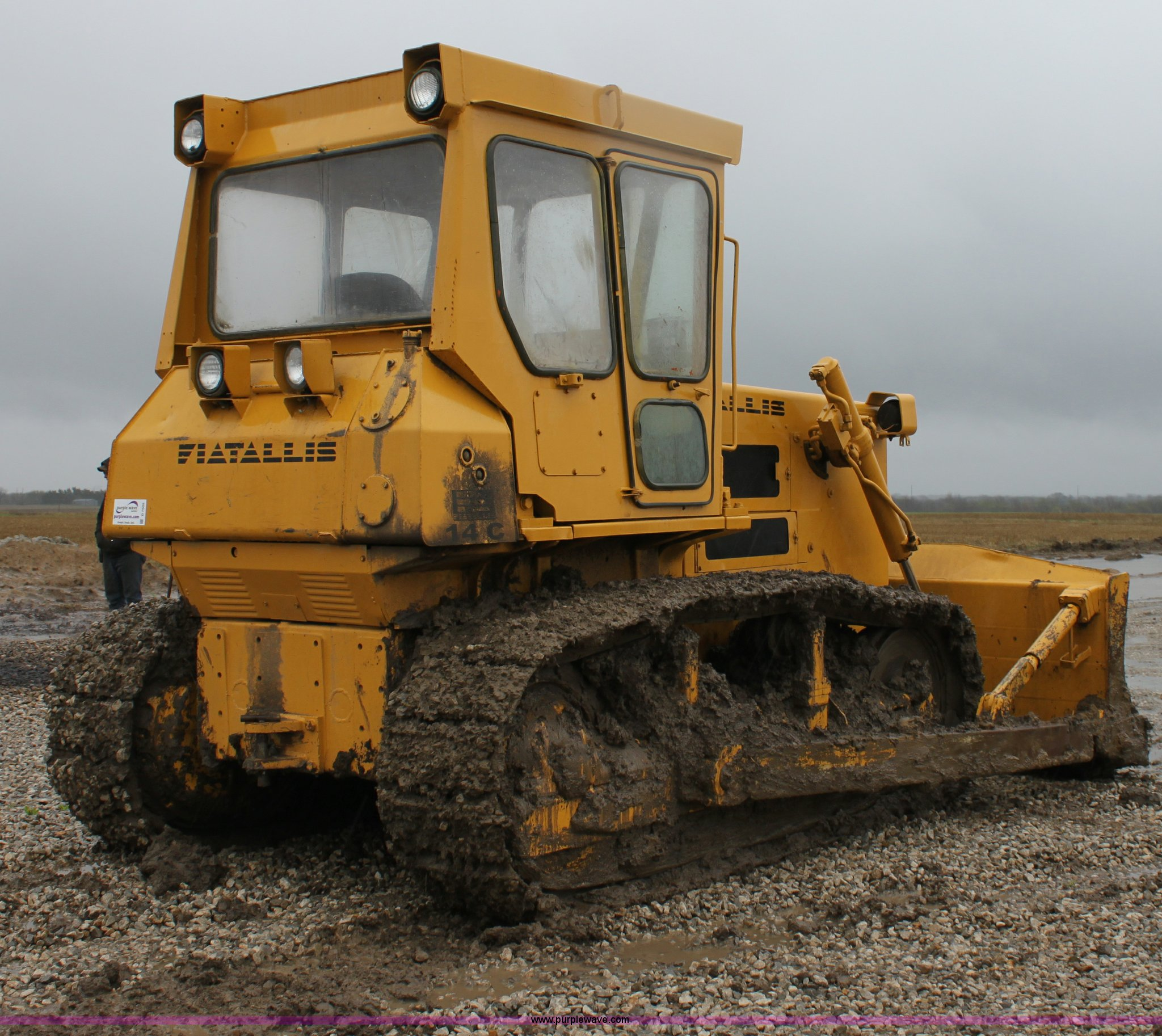 Fiat-Allis 14C dozer | Item D7505 | SOLD! April 26 Construct