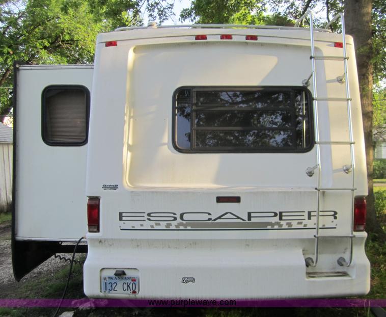 1995 Damon Escaper 30' fifth wheel camper | Item C5387 | SOL