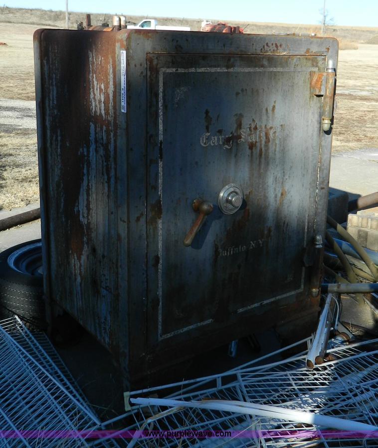 Vintage Cary Safe Co. cast iron safe   Item E9341   SOLD! Ma...