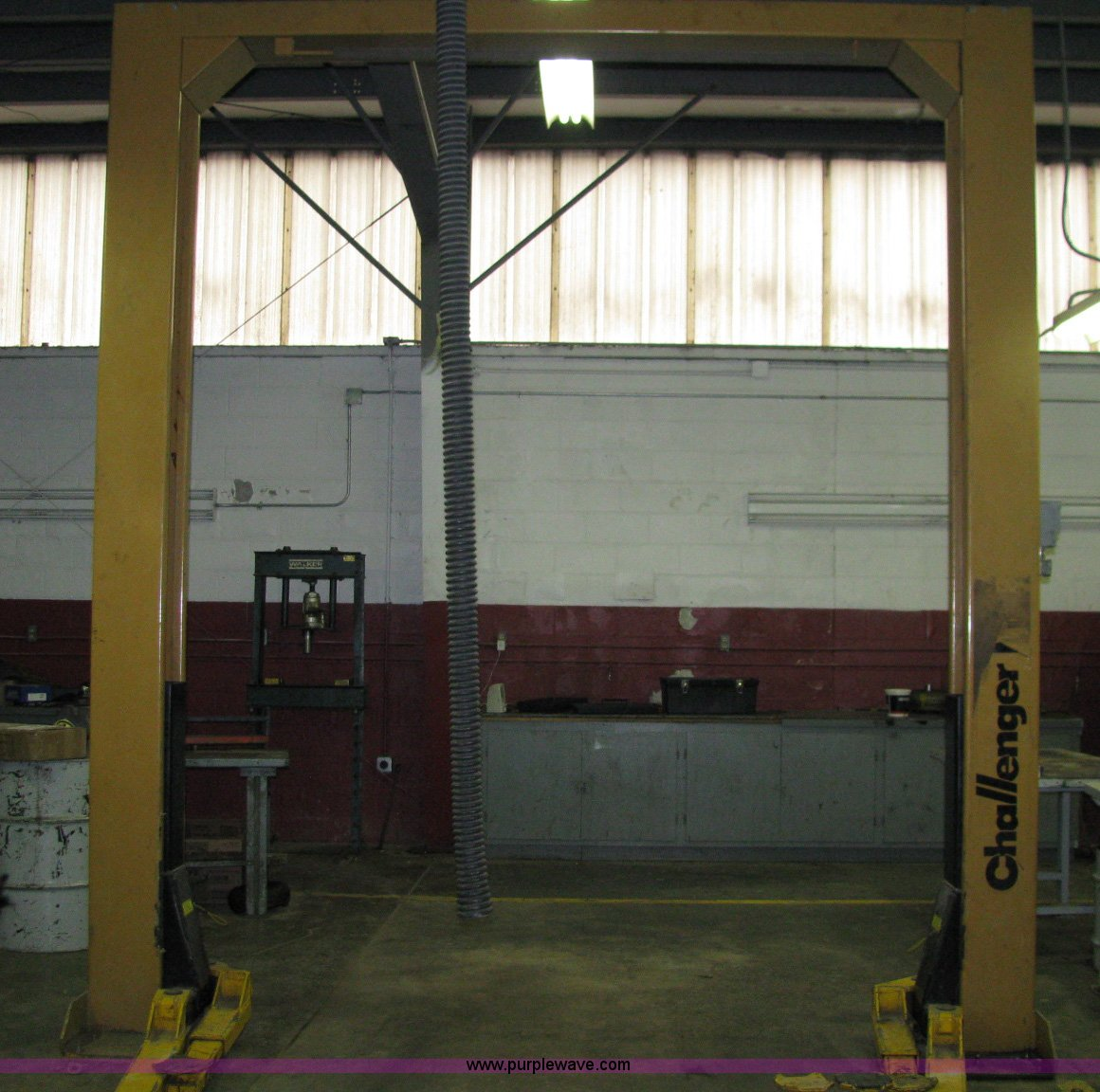 B1209 image for item B1209 Challenger 27000 two post auto chain lift Full  size in new window ...