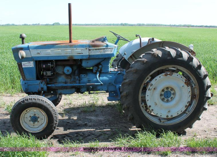 ford 5000 tractor item d7871 sold may 9 ag equipment au rh purplewave com Ford 800 Tractor Wiring Ford Tractor Wiring