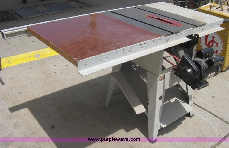 Delta industrial table saw in Wichita, KS | Item G9955 ...