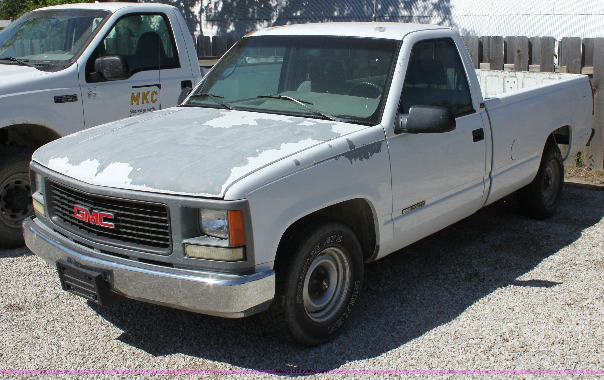 1995 Gmc 1500 Sl Pickup Truck Item D7910 Sold May 16 Mi