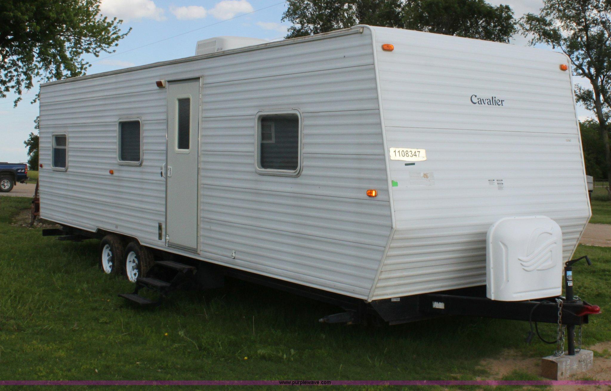 2005 gulfstream cavalier camper item d7997 sold may 30 rh purplewave com gulfstream cavalier travel trailer owners manual 2006 cavalier travel trailer owners manual