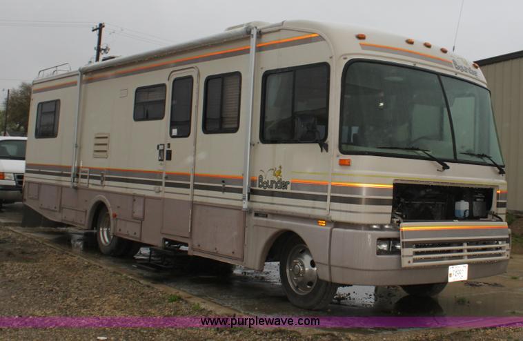 1992 Fleetwood Bounder RV Camper