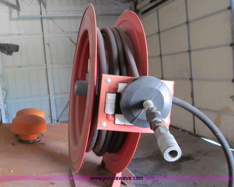 Joy 185 Cfm Towable Air Compressor Item C2157 Sold