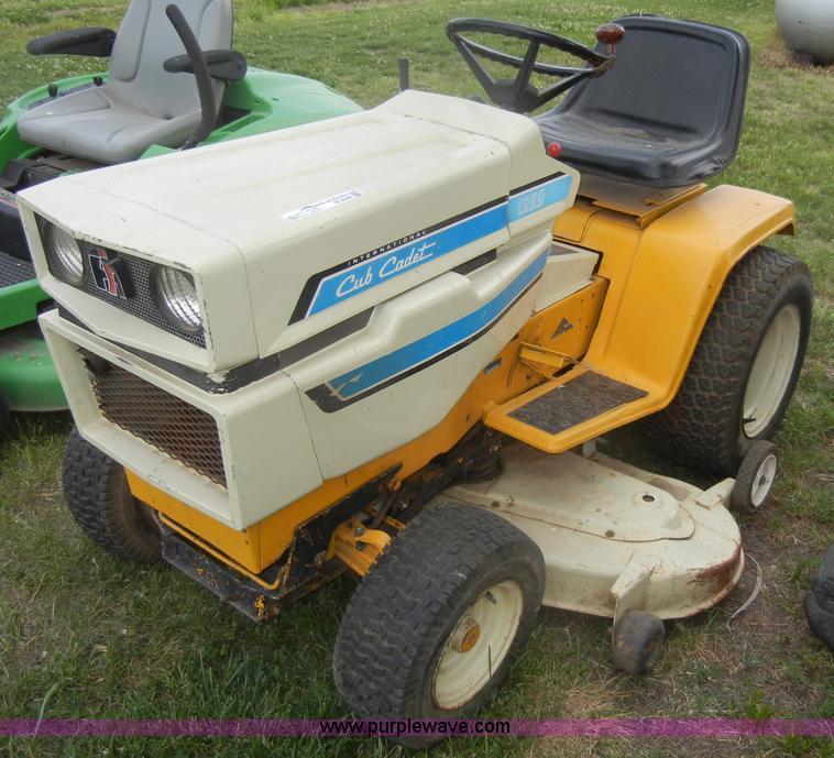 Internal Cub Cadet Lawn Mower : International cub cadet lawn mower item m