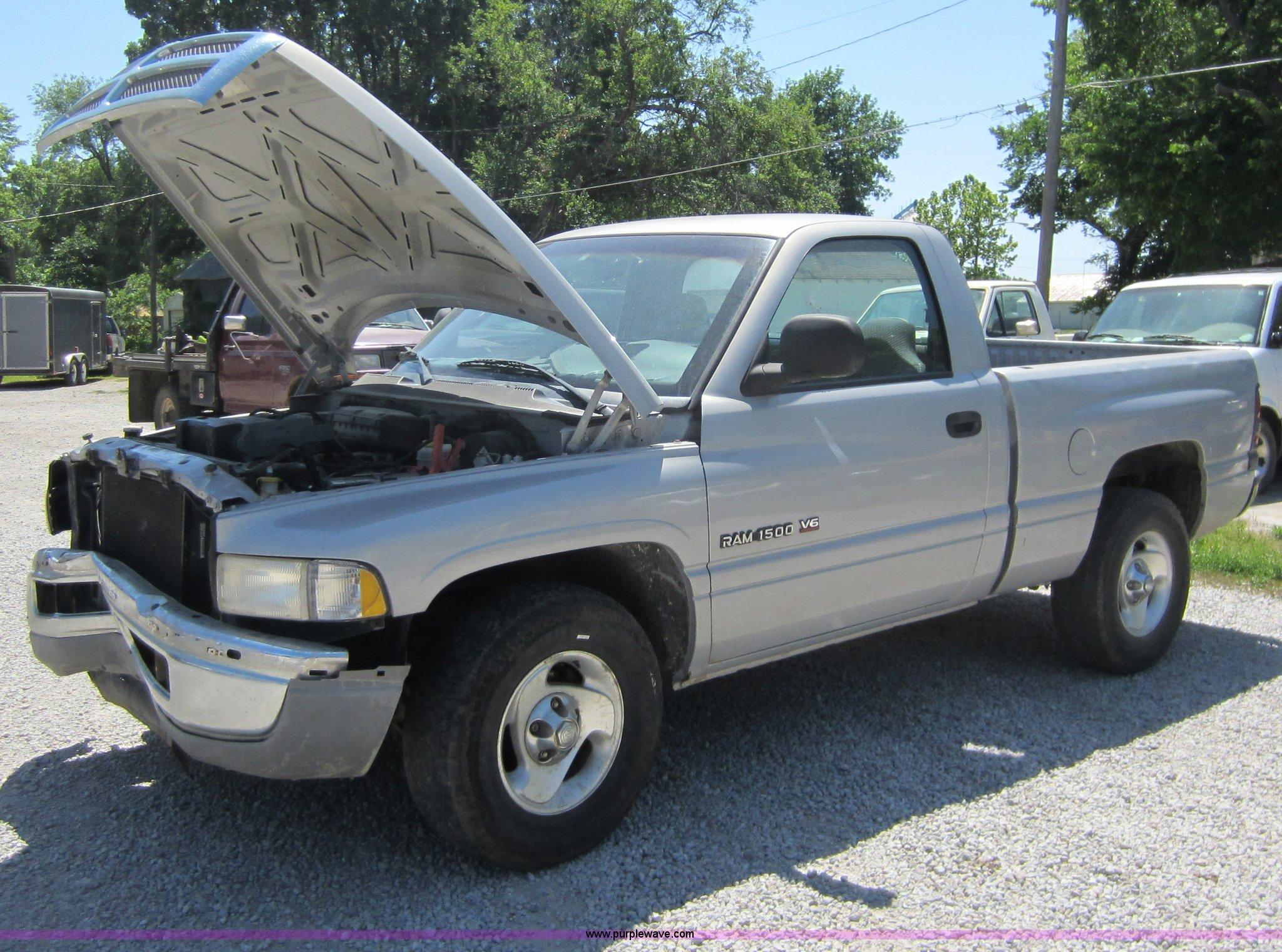 B9113 image for item B9113 1999 Dodge Ram 1500 ...