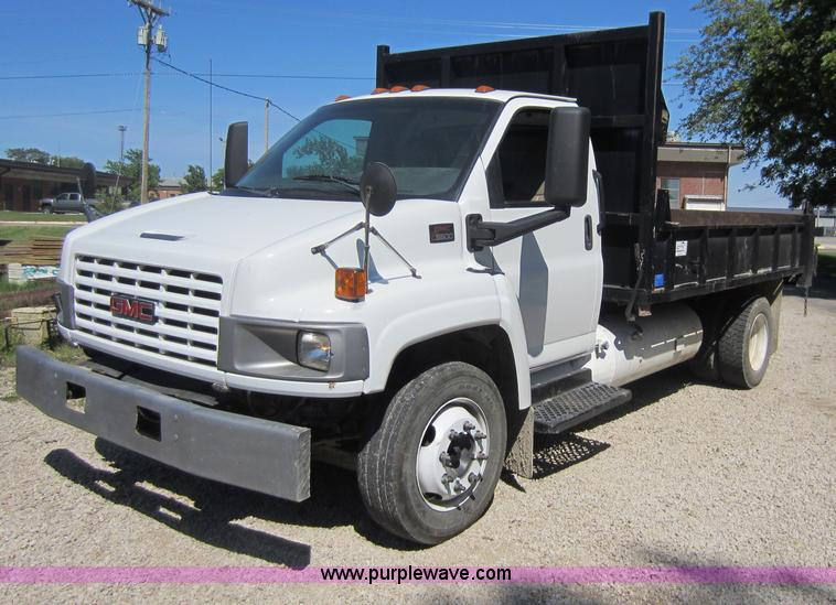 2004 gmc c5500 dump truck item d5543 sold june 14. Black Bedroom Furniture Sets. Home Design Ideas