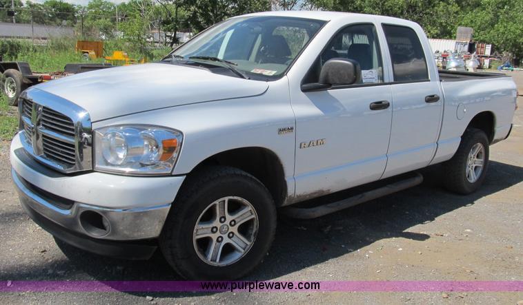2008 Dodge Ram 1500 Extended Cab Pickup Truck Item B2725