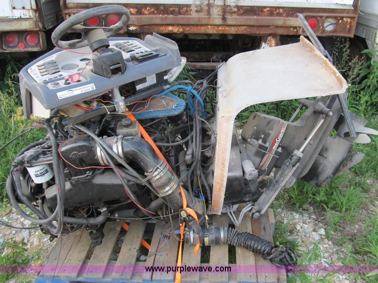 Mercruiser 350 HP Chevrolet boat engine | Item K9250 | SOLD!