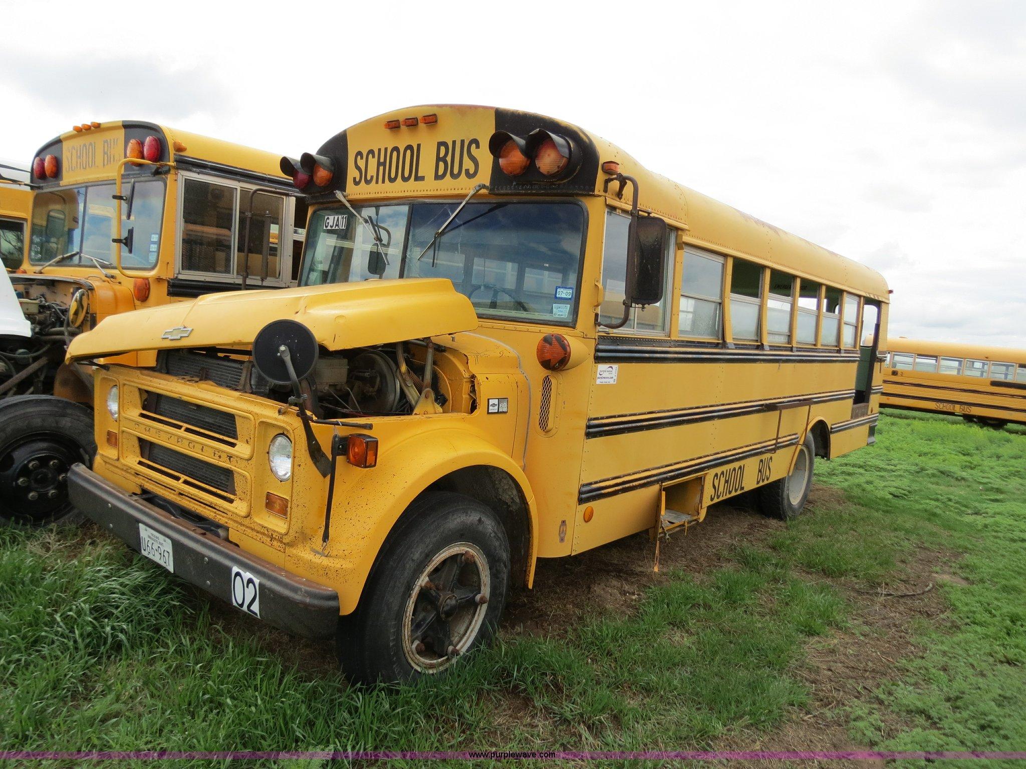 1983 Chevrolet school bus | Item A5344 | SOLD! June 27 Midwe