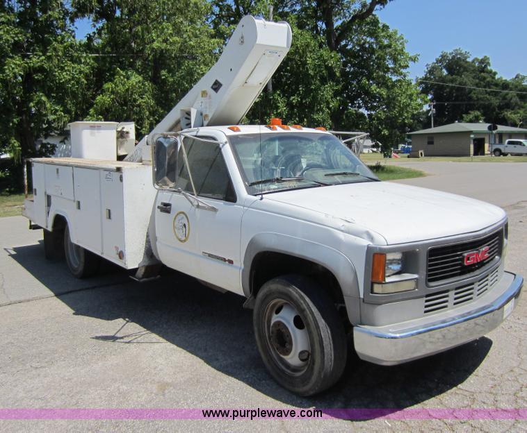 1994 GMC Sierra 3500 HD bucket truck | Item D2001 | SOLD! Ju