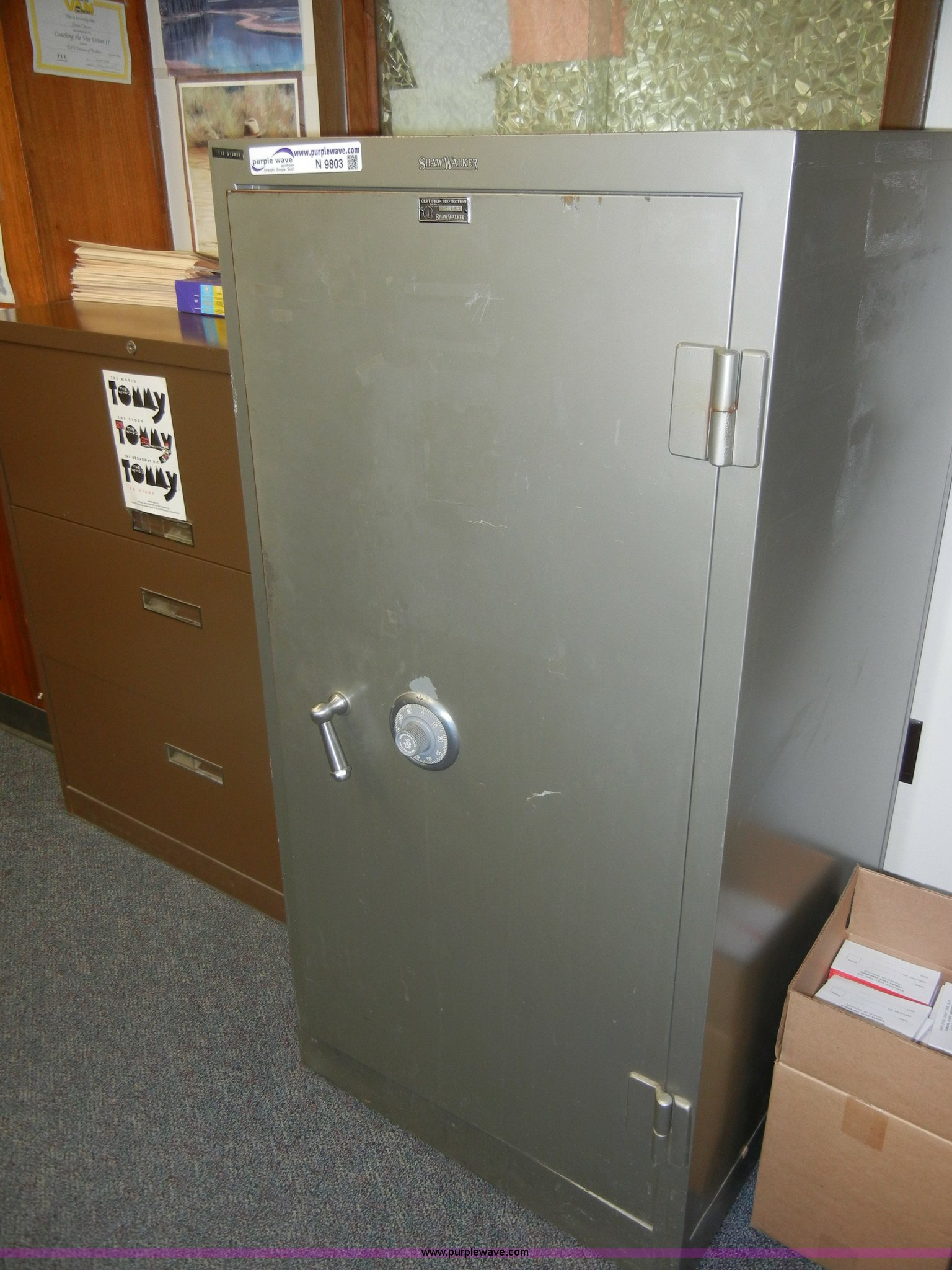 N9803 Image For Item N9803 Shaw Walker Combination Safe