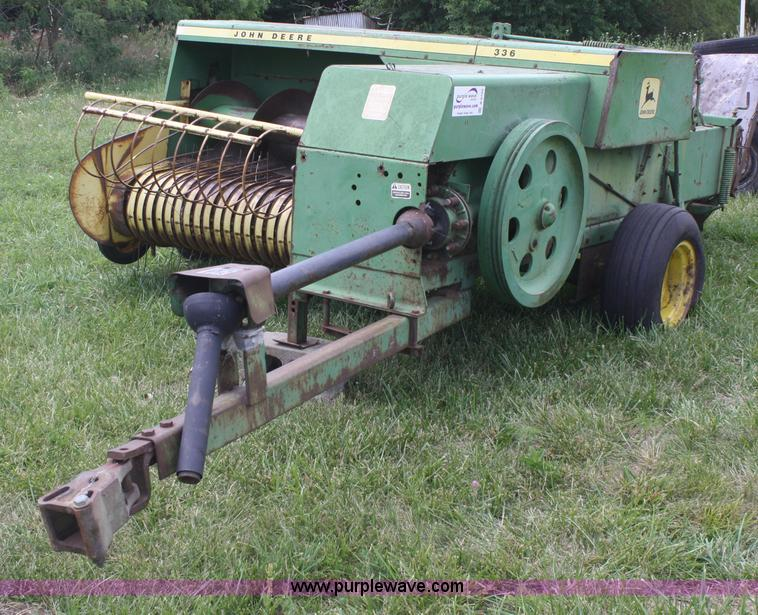1974 John Deere 336 square baler | Item B6720 | SOLD! July 1