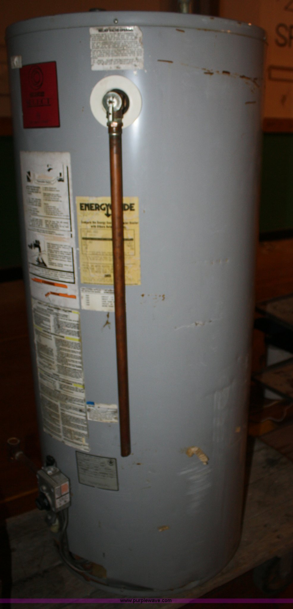State Select hot water heater Item K9783 SOLD July 11 M