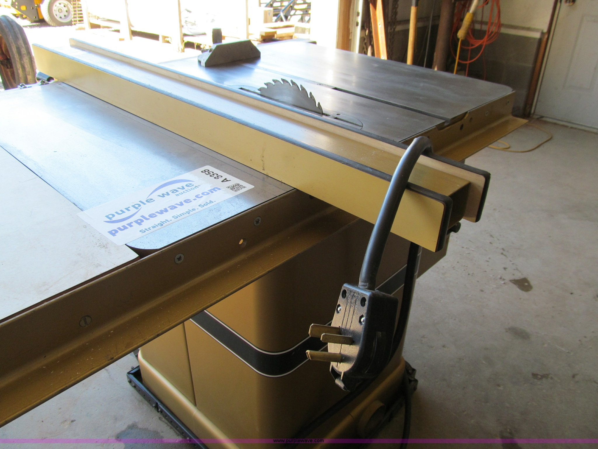Powermatic 66 table saw | Item A8358 | SOLD! Wednesday July