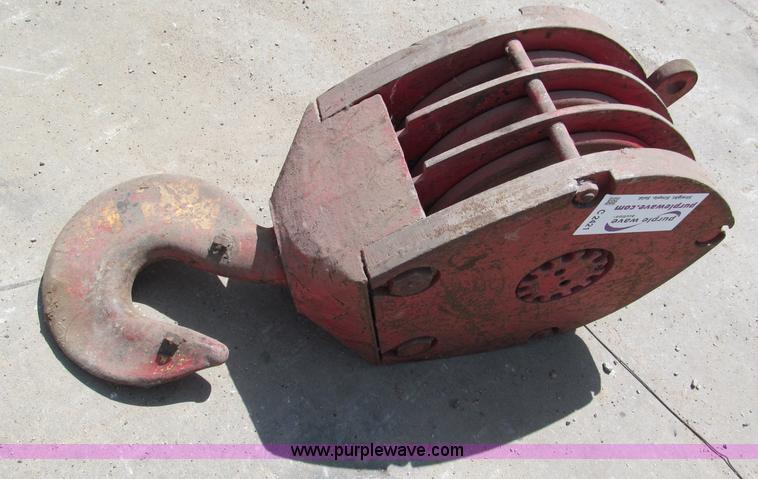 Mckissick 50 ton crane snatch block item c2421 sold dec c2421 image for item c2421 mckissick 50 ton crane snatch block sciox Images