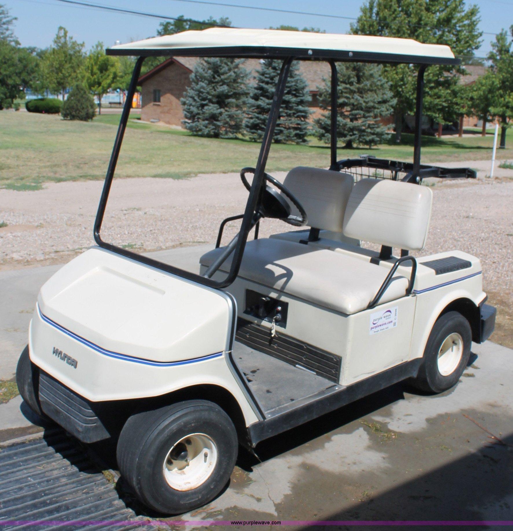 Hyundai golf cart   Item C2698   SOLD! Tuesday August 7 Gove... on golf carts junk, golf carts furniture, golf carts auction, golf carts maintenance, golf carts parts breakdown, golf cart wrecks,