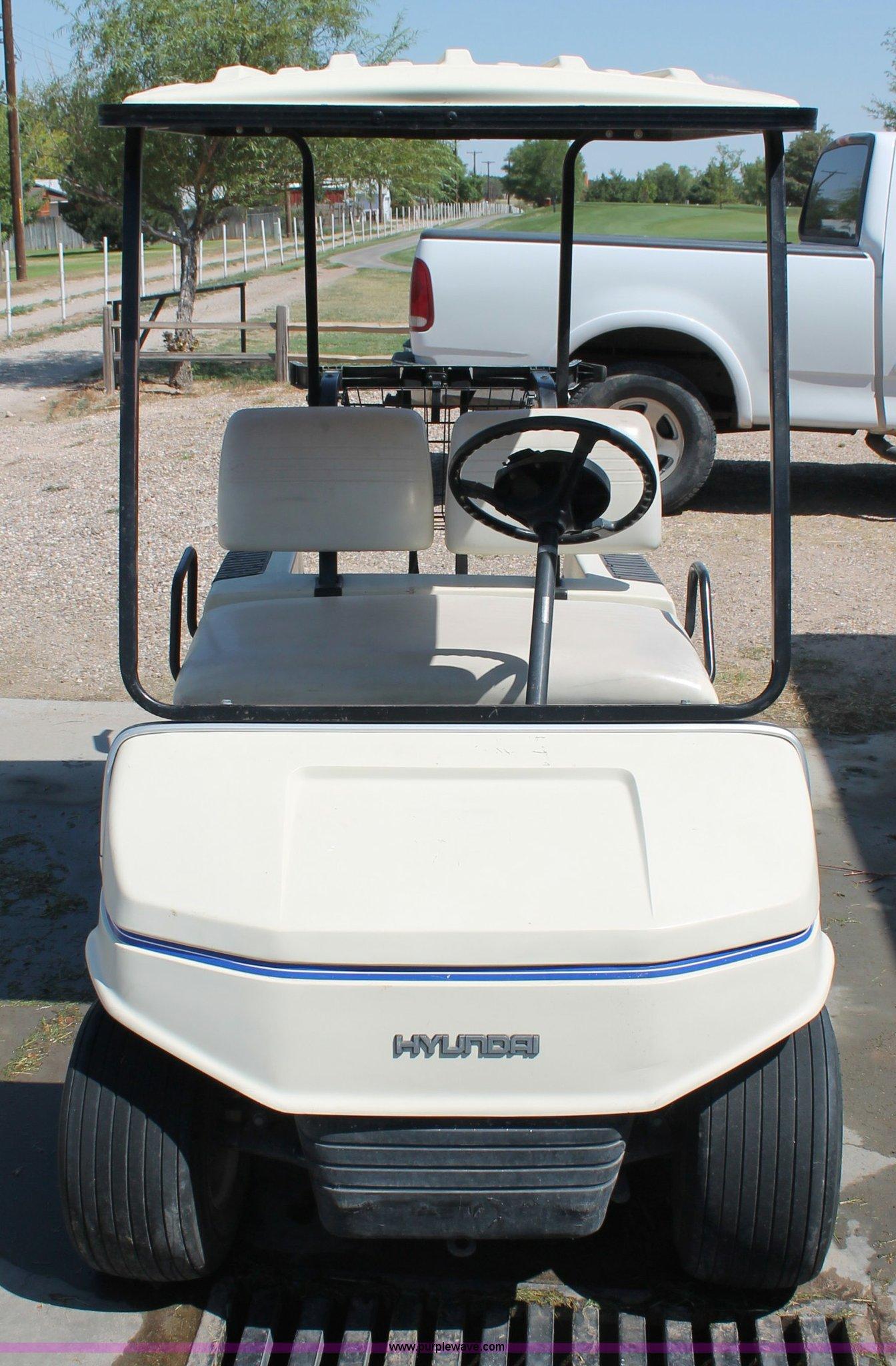 Hyundai golf cart | Item C2698 | SOLD! Tuesday August 7 Gove... on hyundai used cars, hyundai offroad, hyundai container, hyundai service center, hyundai loader, hyundai golf caps, hyundai car dealership, hyundai air compressor, hyundai bus,