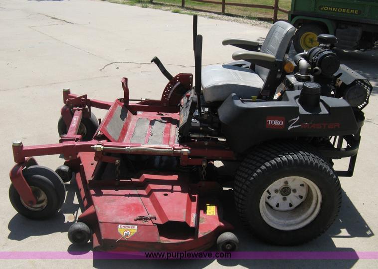 Toro Z Master Z-257 ZTR commercial lawn mower | Item A6471 |