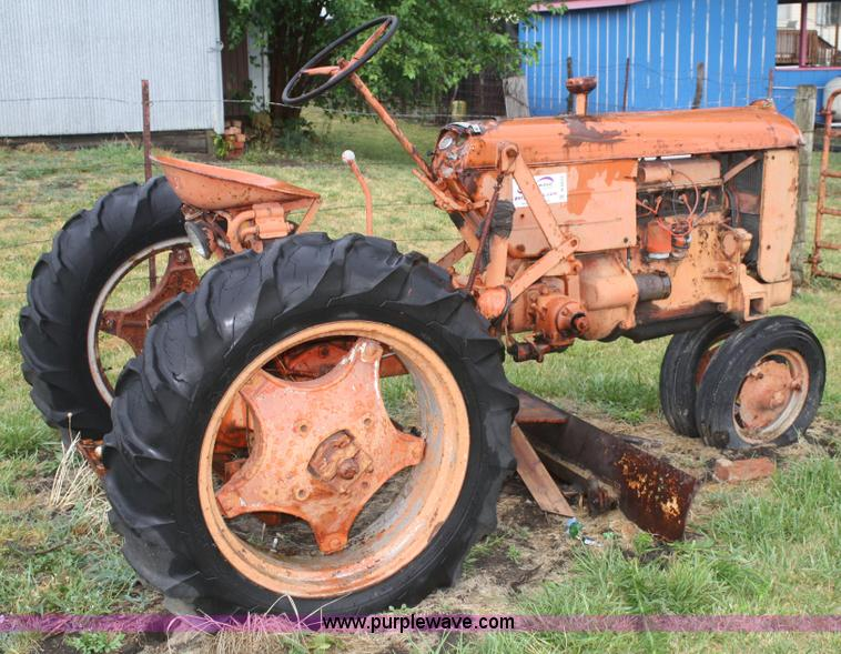 Case Vac 14 : Case vac tractor item b sold august