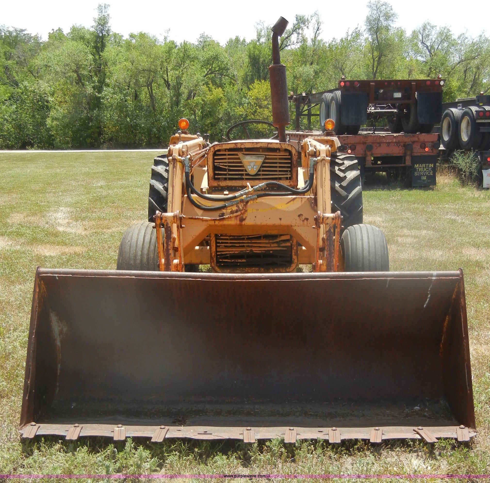 Massey-Ferguson 40 Industrial tractor | Item D4299 | SOLD! A