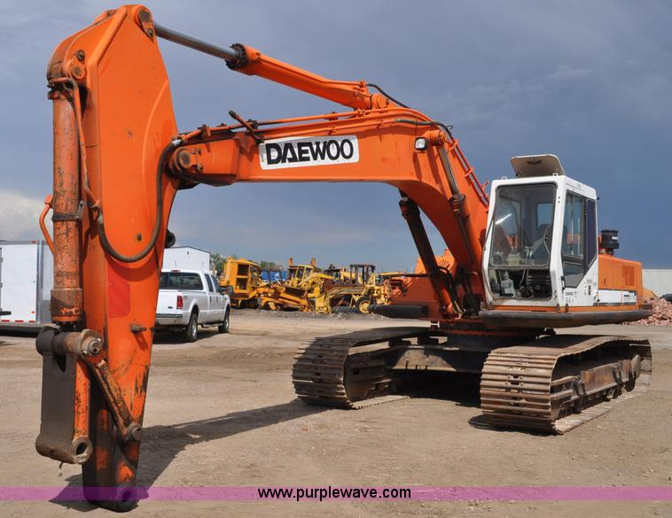 1996 Daewoo Solar 330 III excavator | Item A5971 | SOLD! Aug...