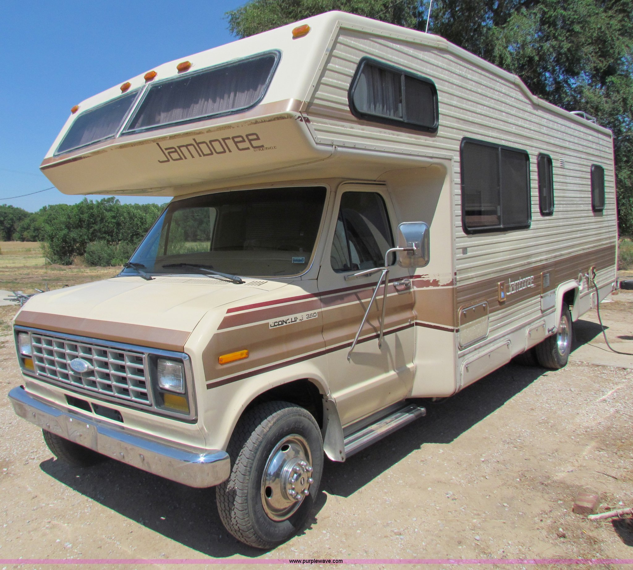 1985 Ford E350 Jamboree RV camper | Item B7396 | SOLD! Wedne
