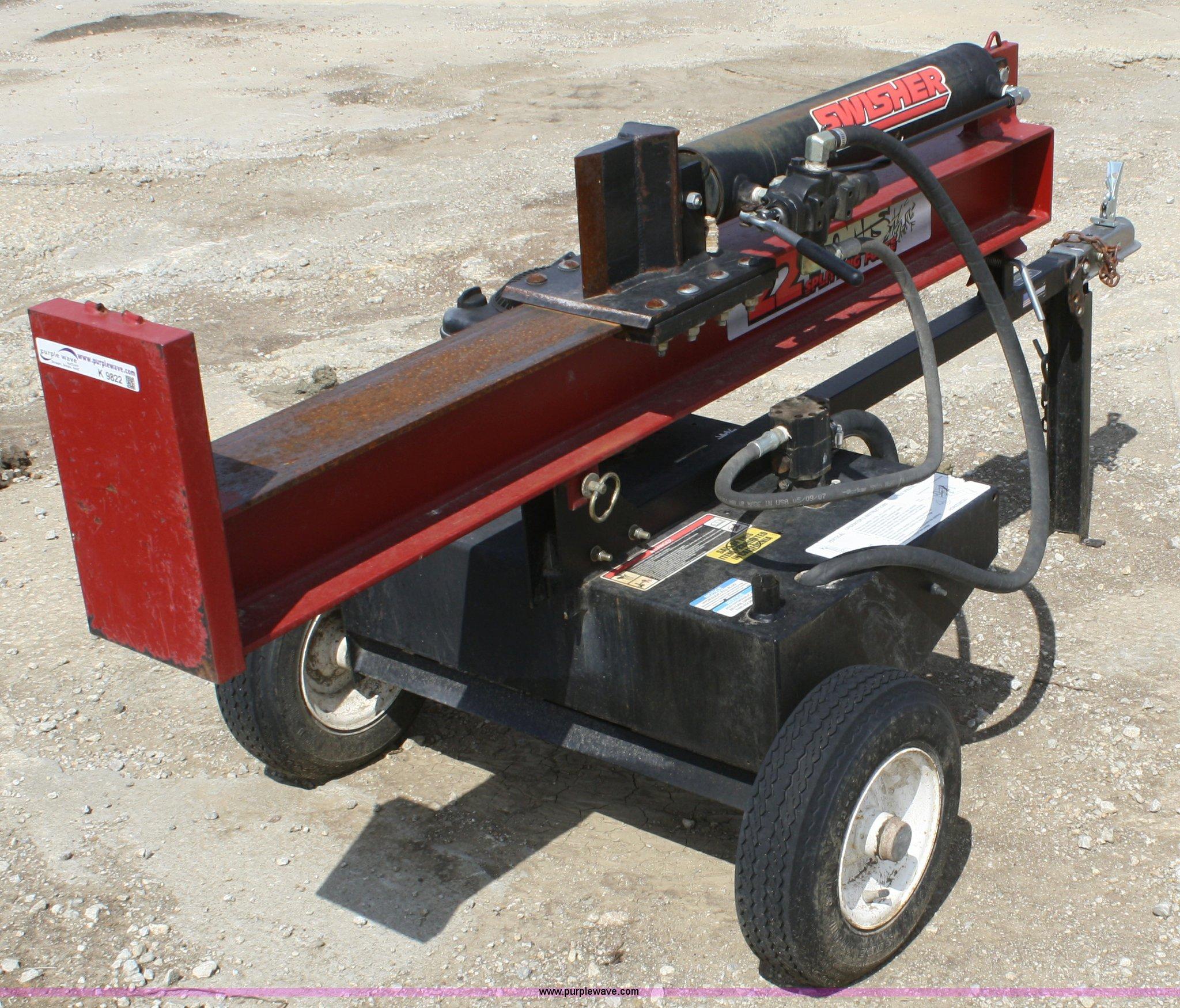Swisher 22 ton log splitter | Item K9822 | 8-29-2012