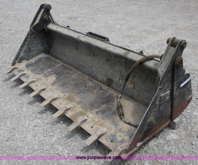 Caterpillar 4 In 1 Skid Steer Bucket In Ottawa Ks Item K9817 Sold Purple Wave