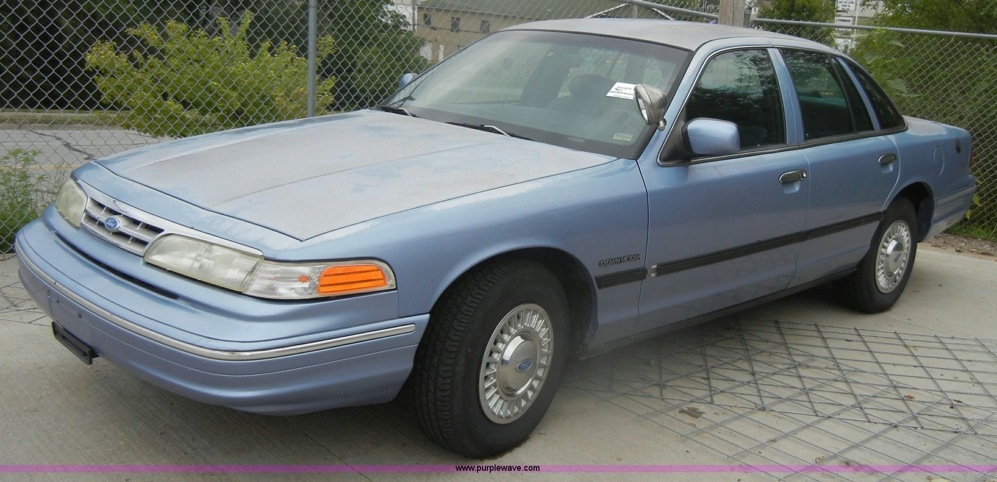 1995 Ford Crown Victoria Item D4404 Sold Tuesday Septem Image For