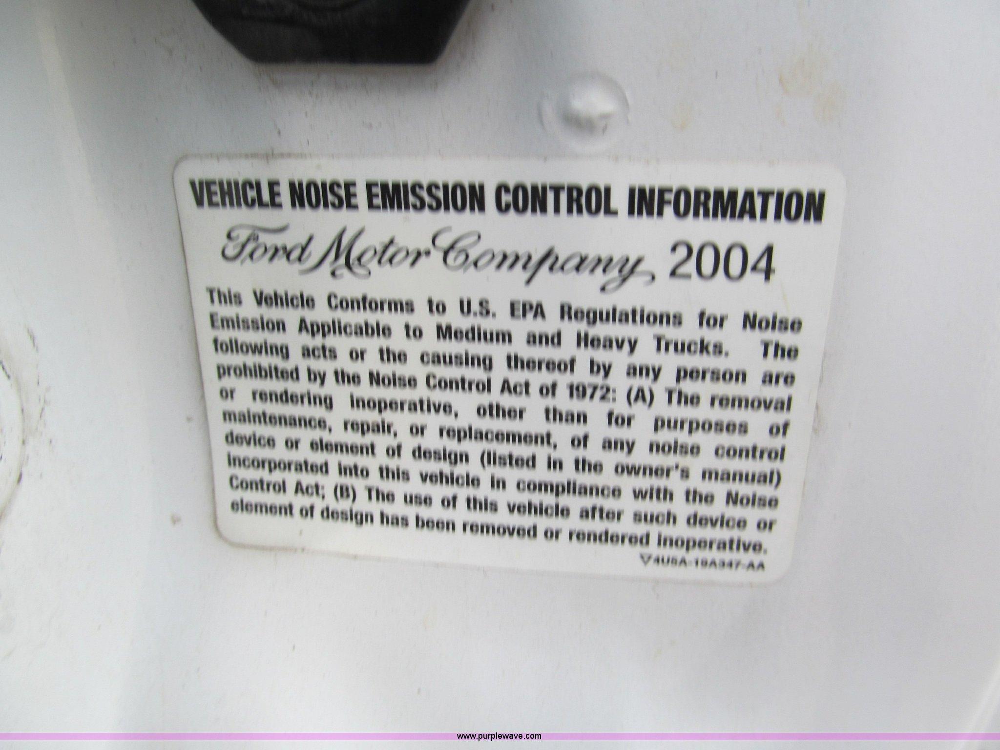 2004 Ford F550 Xl Super Duty Service Truck Item E2066