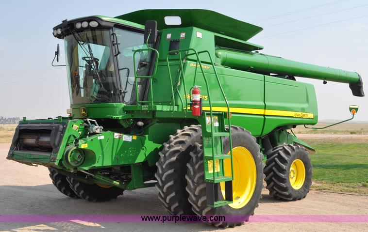 A5994 image for item A5994 2008 John Deere 9870 STS combine
