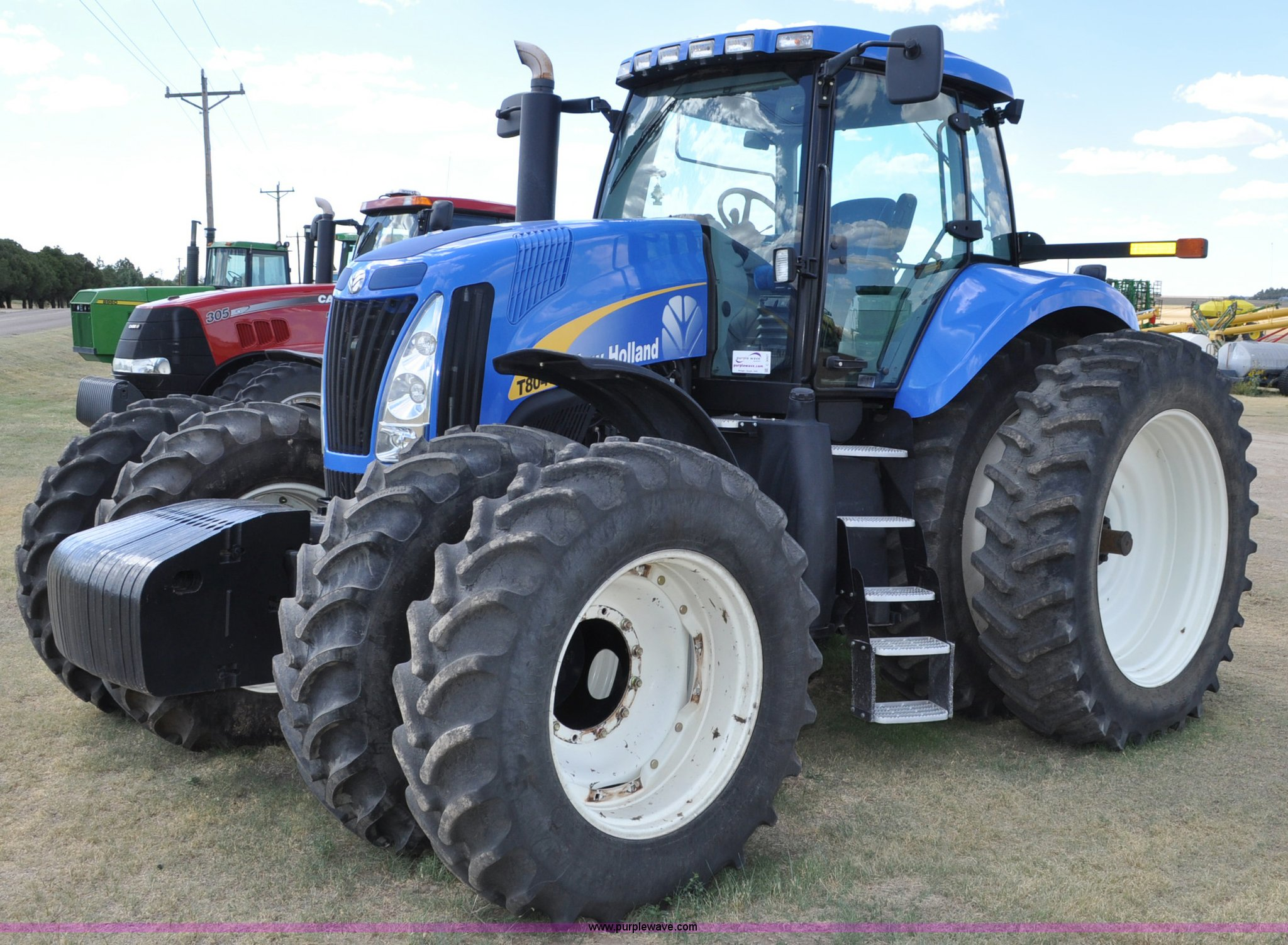 2009 new holland t8040 mfwd tractor item c3007 sold wed rh purplewave com 1 64 New Holland 1 64 New Holland