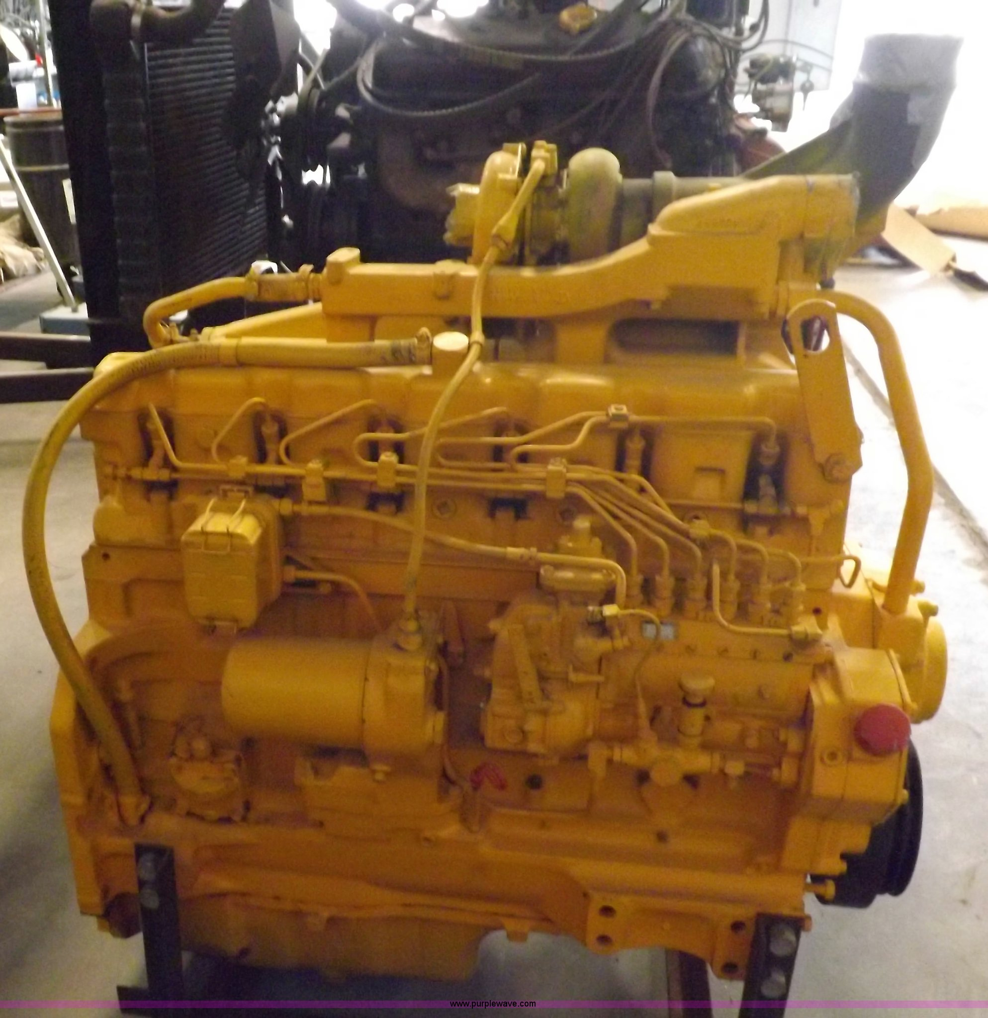 John Deere 466 six cylinder turbo diesel engine | Item J9039