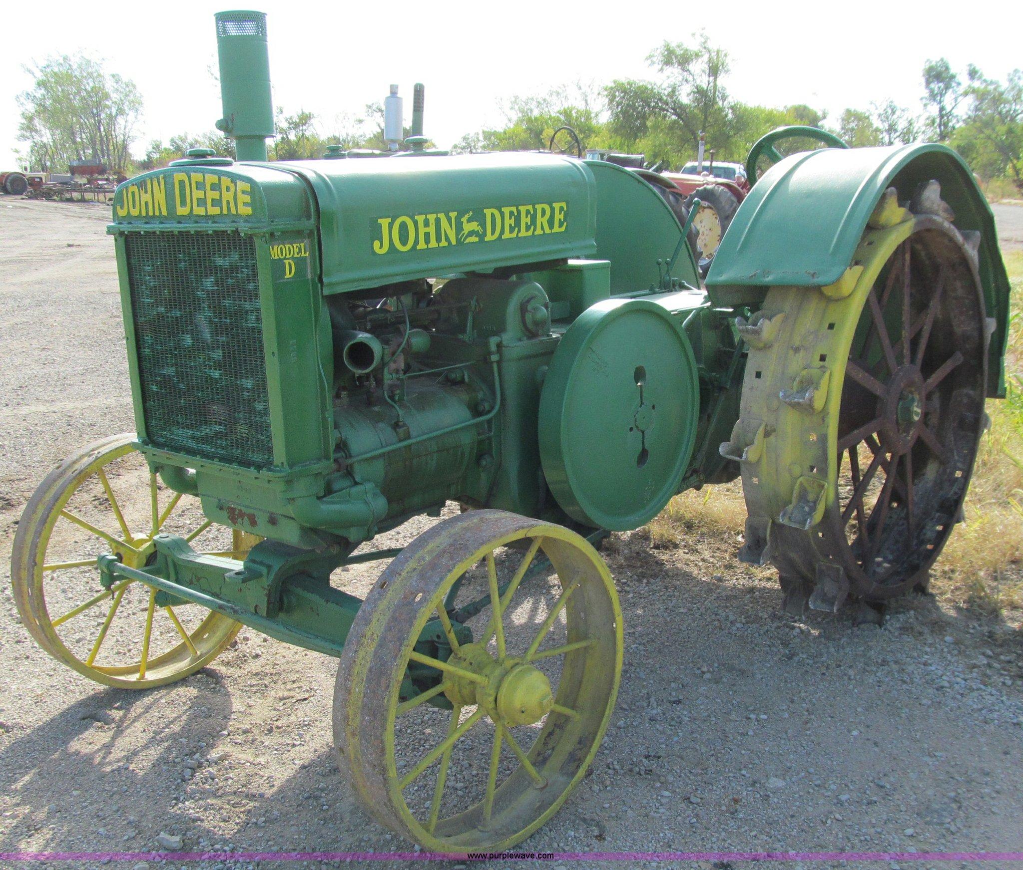 ... 1929 John Deere D tractor Full size in new window ...