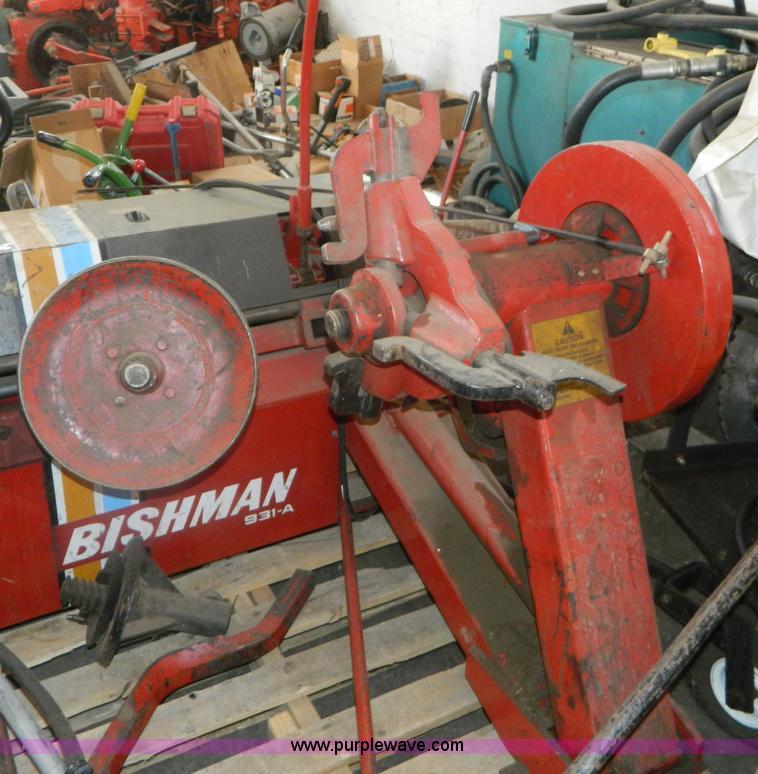 1986 Bishman 931A Tire Changer Item M9995 SOLD Thursday